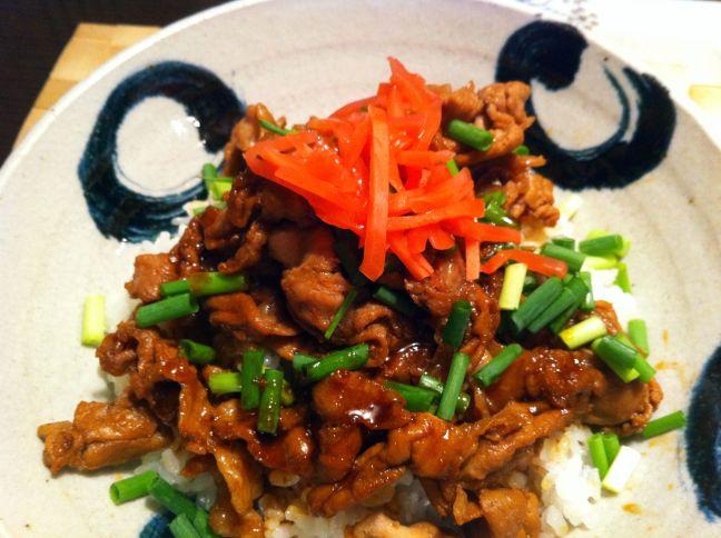 北海道帯広名物、タレが香ばしい、おいしい豚丼をつくってみた。