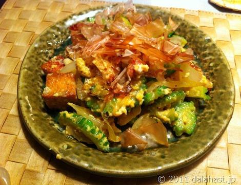 簡単だけど絶品、麺つゆゴーヤチャンプルー