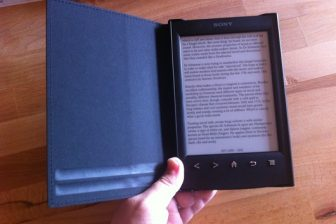 進化したソニーの新型電子書籍リーダーPRS-T2 レビュー