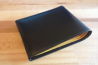 財布をエッティンガー(ETTINGER)の二つ折りに変更