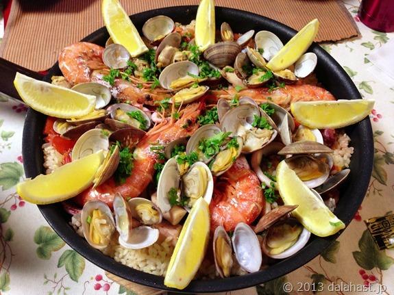 フライパンでアサリのパエリア おうちスペイン料理