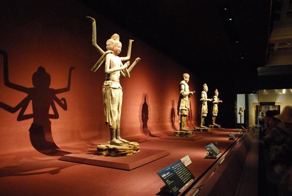 興福寺国宝館の阿修羅像