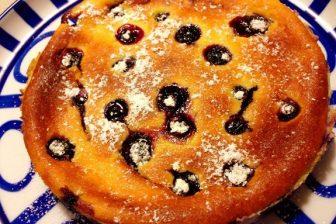 完熟ブルーベリー入りベイクドチーズケーキ