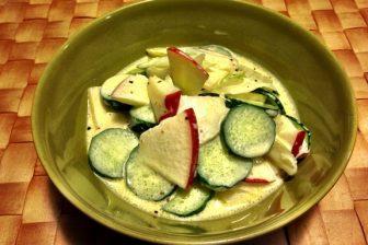 リアルマヨネーズでつくるセロリとリンゴのさっぱりサラダ