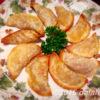 ブラジル料理パステル(PASTEL) ケチャップつけて野菜サラダとあわせると極上の美味さ