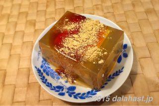 玲瓏豆腐(こおりとうふ)夏にぴったりな涼しげな寒天を使ったヘルシーデザート