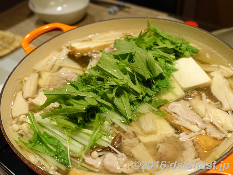 【レシピ】 豚肉のハリハリ鍋 水菜のシャキシャキ感が癖になる定番鍋