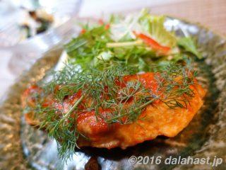 【レシピ】秋鮭のソテートマトソースかけ&冷え性に効くプルーンを使ったポテトサラダ