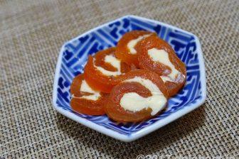 「干し柿バターロール・干し柿サンド」 いつもの干し柿がひと手間で季節のオードブルになる、おもてなしレシピ